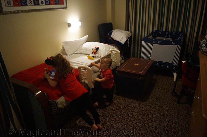 cabin-bedtime-dcl