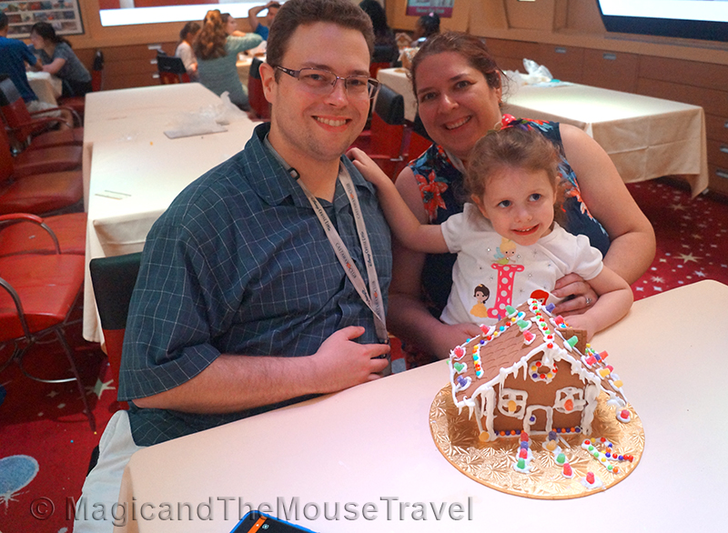 gingerbread-house-making-family