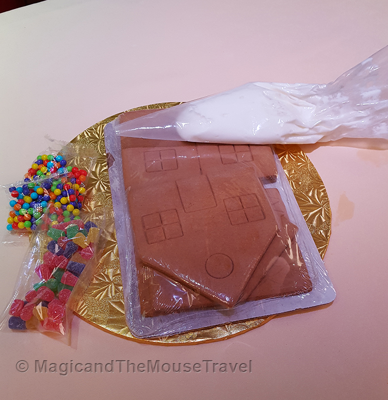 gingerbread-supplies-dcl